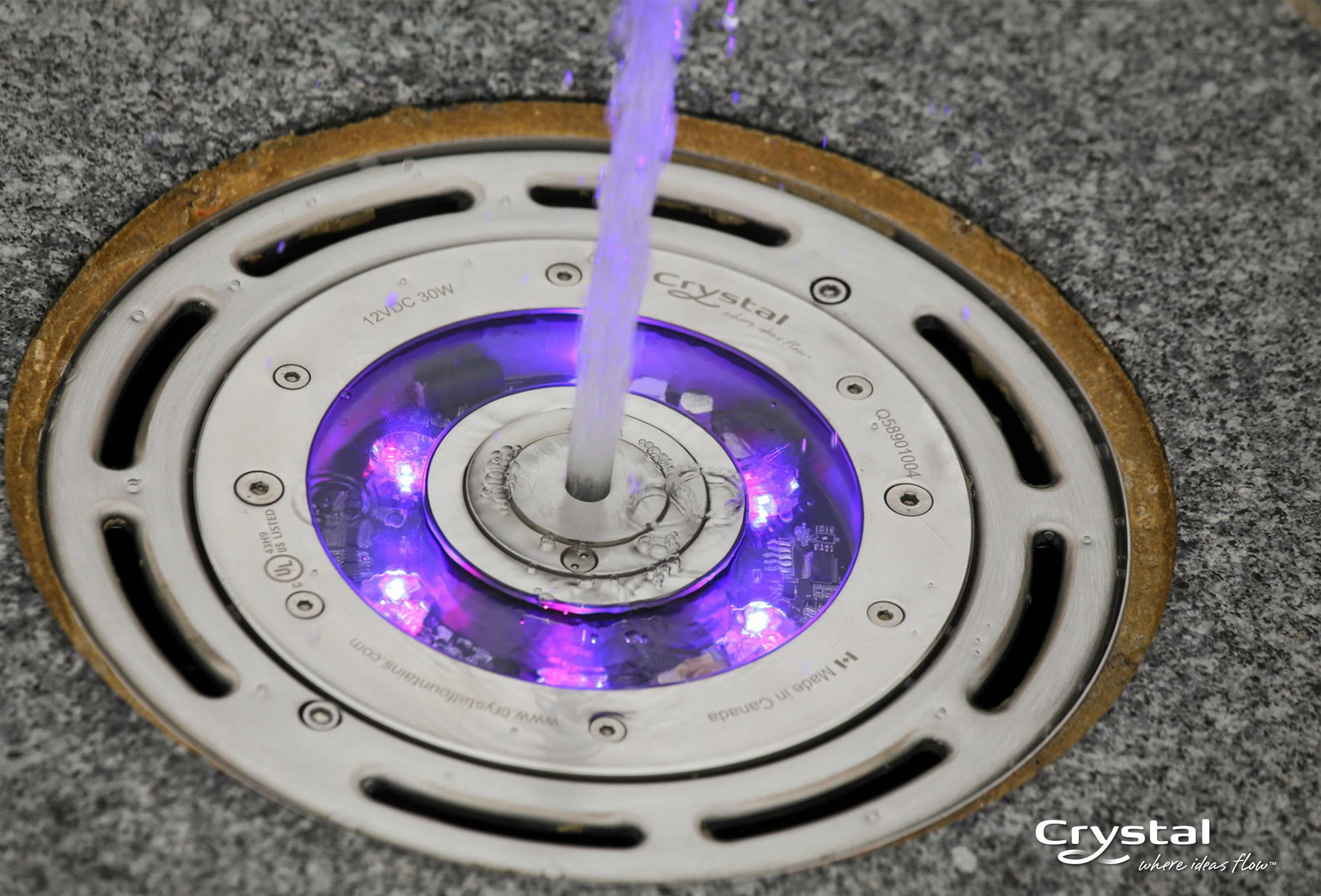 Projecteurs à LED pour mise en valeur des effets d'eau